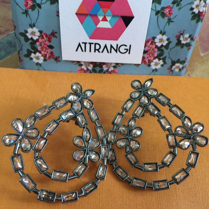Attrangi Designs