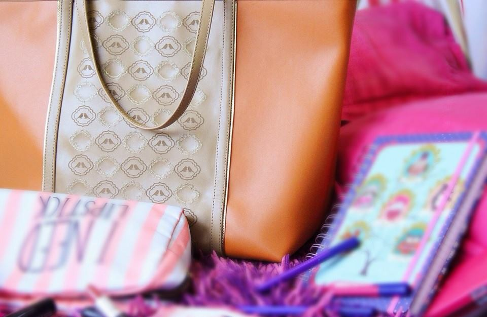 WINK Bags & Accessories