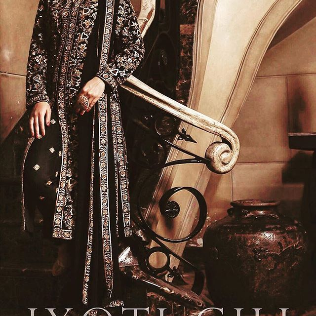 Jyoti Gill Couture