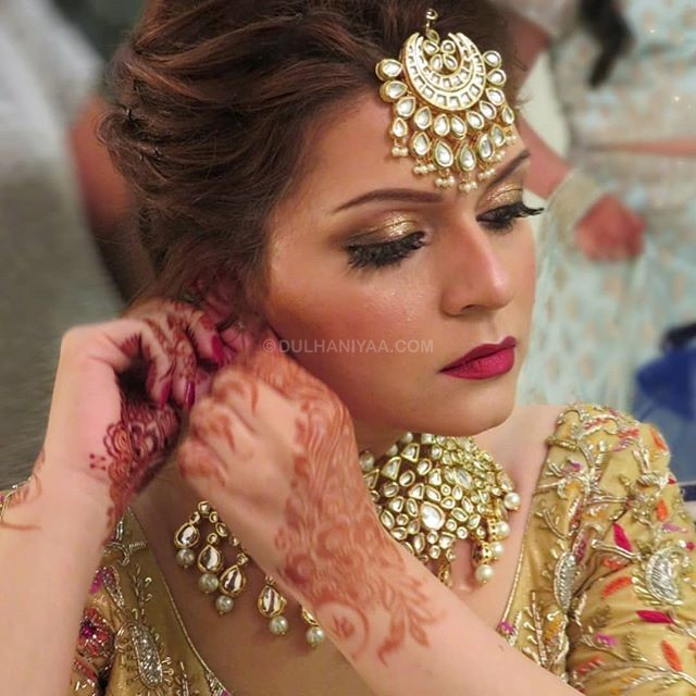Ritu Babbar Makeup and Hair